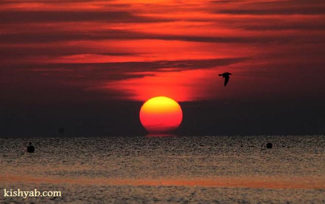 طلوع حیرتانگیز خورشید در کیش /تصاویر