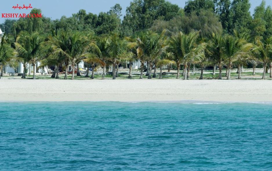 استقبال گردشگران از پلاژهای بانوان و آقایان در جزیره کیش /تصاویر
