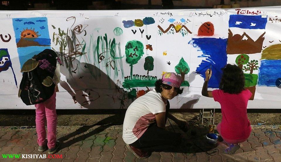 تصاویری از برپائی پیاده راه هنر در جزیره کیش