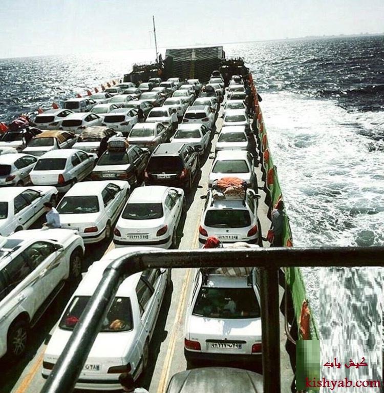 عبور خودروهای مسافران توسط لندیگراف به جزیره کیش /تصاویر