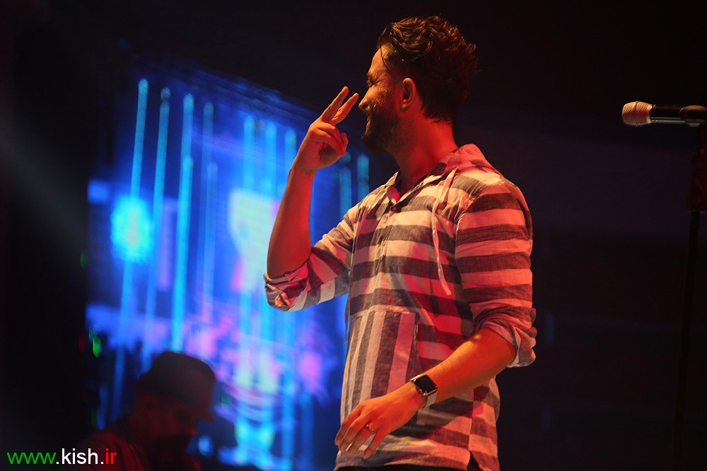 کنسرت موسیقی بنیامین بهادری در کیش /تصاویر